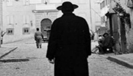 I preti nel mondo della calunnia