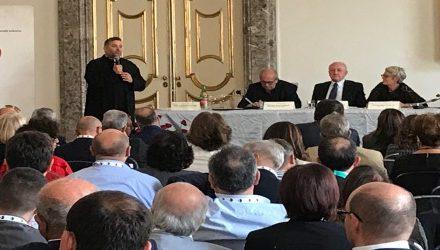 Congresso Cisl di Caserta, l'appello di don Aldo in difesa delle vittime di tratta