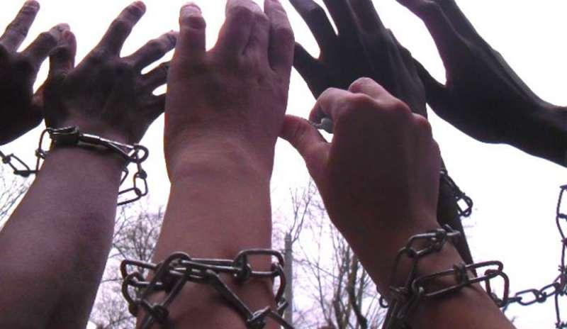 I fabbricanti delle nuove schiavitù