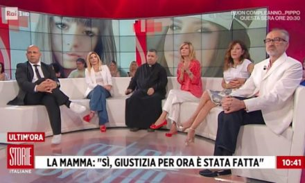[ VIDEO ] DON ALDO INCORAGGIA LA MAMMA DI PAMELA E RISPONDE ALLA SUA DOMANDA – STORIE ITALIANE