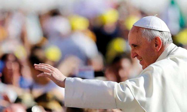 [ Editoriale ]  Chi fa il Papa e chi lo è